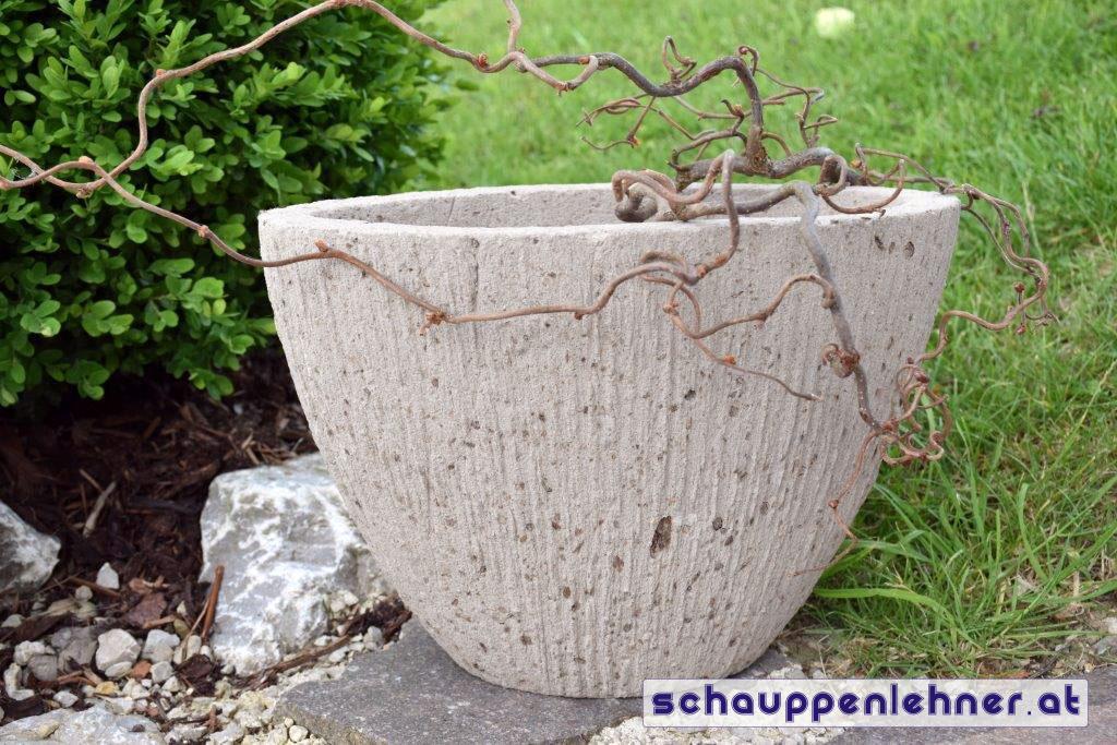 Steintopf für den Garten