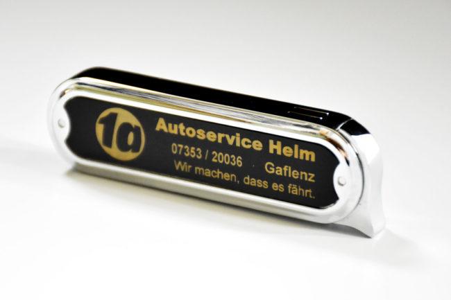 Edles Feuerzeug für Autoservice Helm