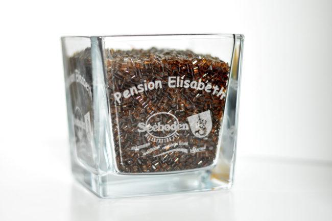 Schnapsglas für die Pension Elisabeth