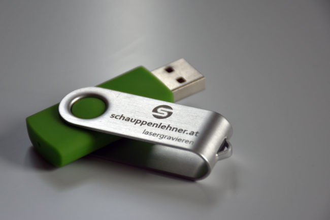 Gravierter USB-Stick mit dem Schriftzug Schauppenlehner